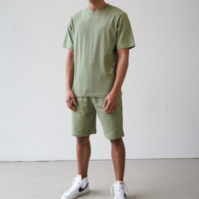 Kultivate Comfort Studio Tee Comfort Oil Green